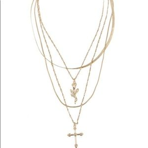 🆕Multi Linked Chain Necklace 🌹✝